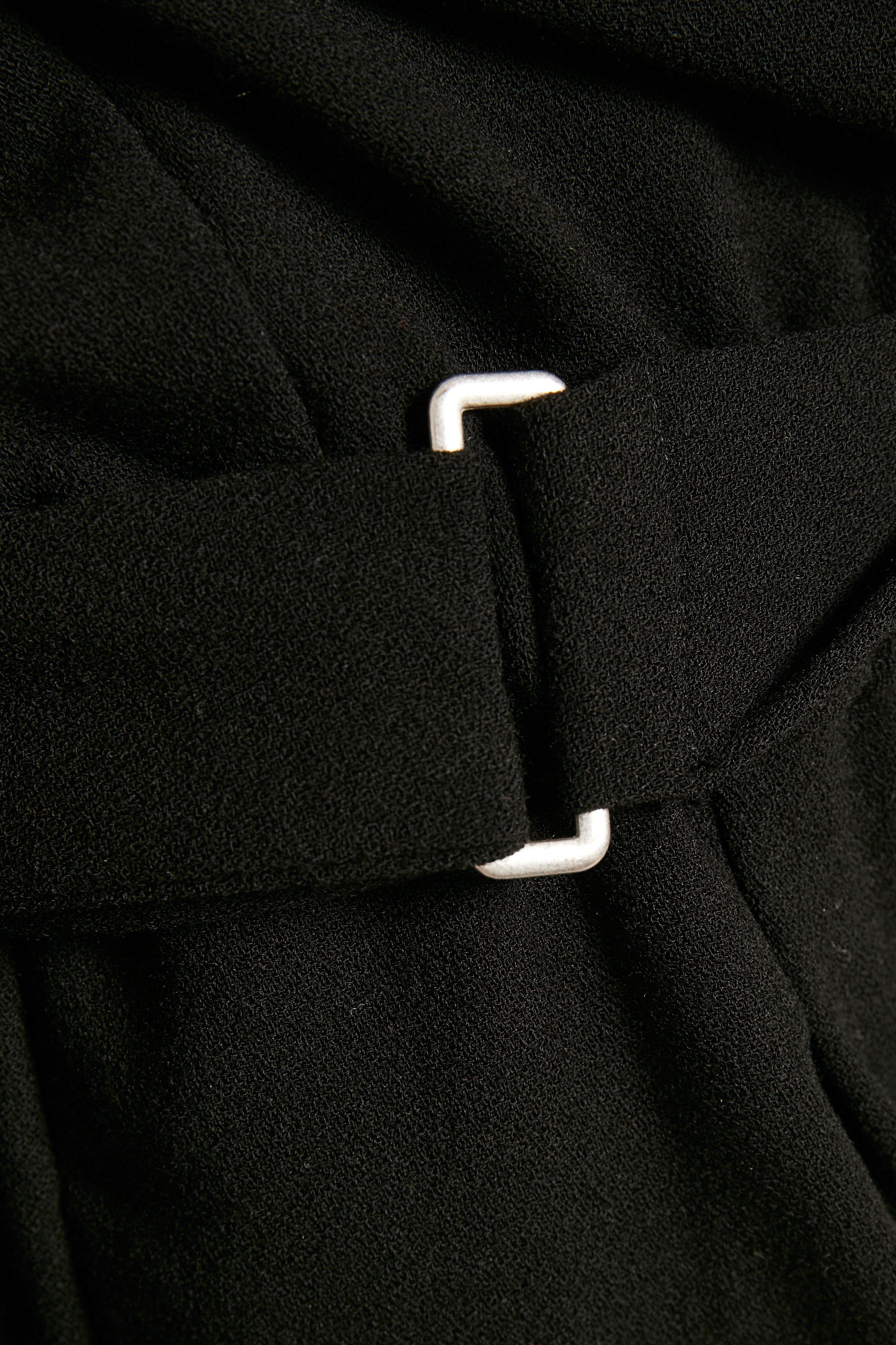 Black Jumpsuit – Køb Black Jumpsuit fra str. 36-40 her