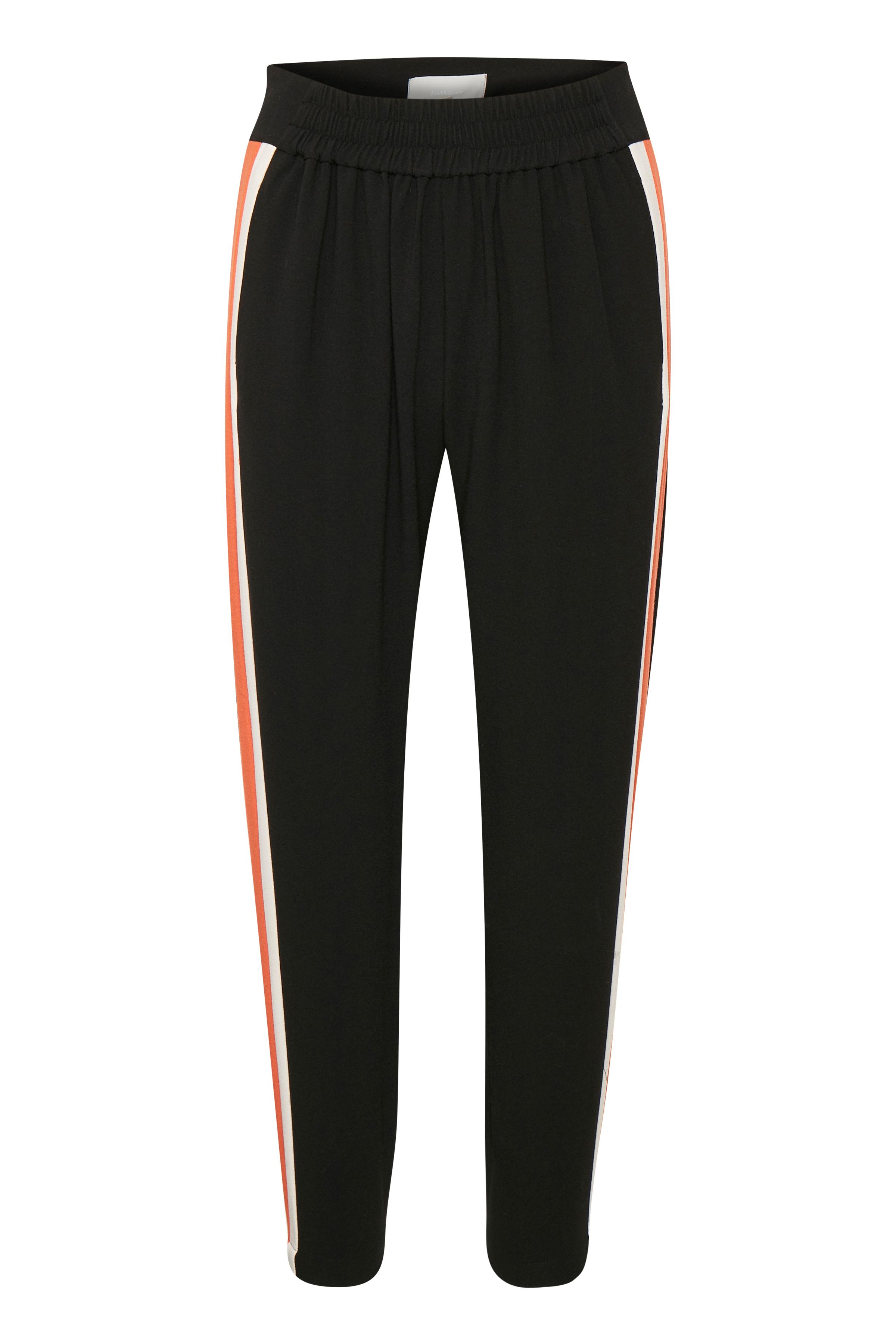 Black Pants Suiting – Køb Black Pants Suiting fra str. 32-42 her
