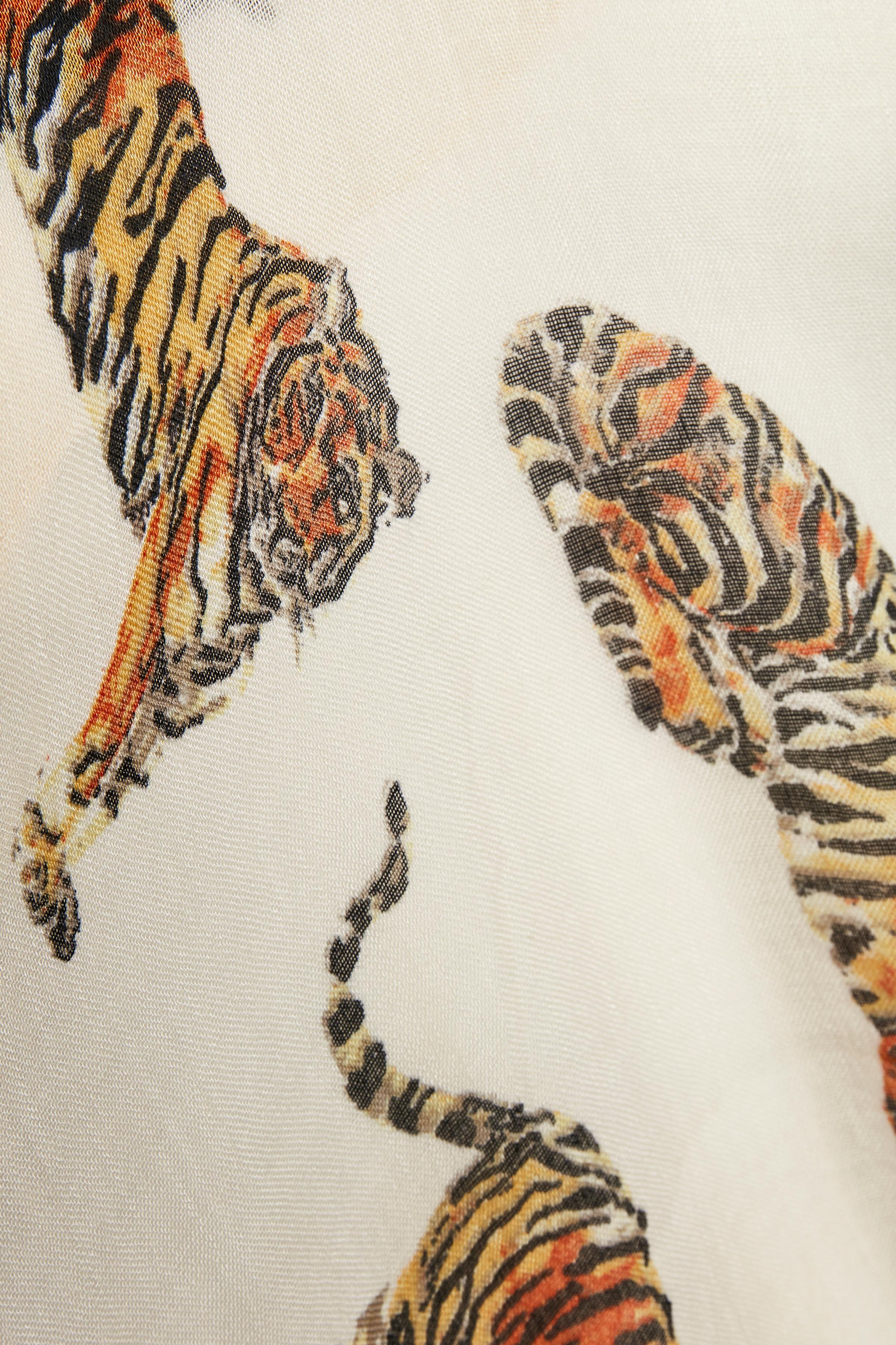 French Nougat Tiger Tørklæde – Køb French Nougat Tiger Tørklæde fra str. ONE her