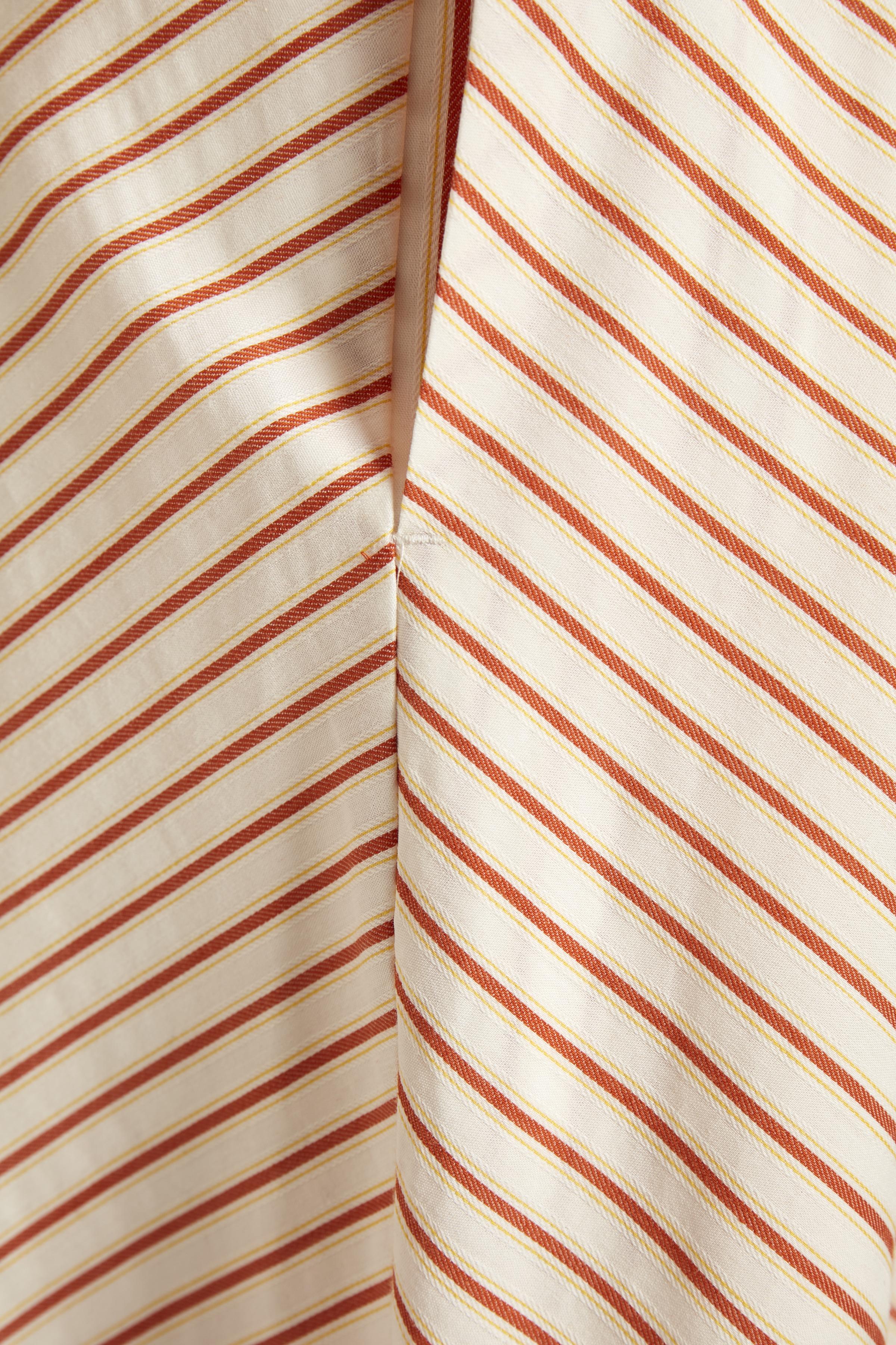 Gold Flame Stripe Kjole – Køb Gold Flame Stripe Kjole fra str. 32-44 her
